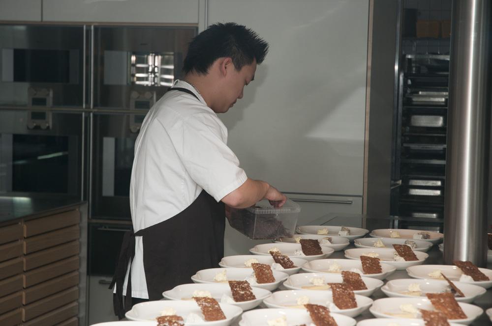 Villa Dining - kokken arbejder