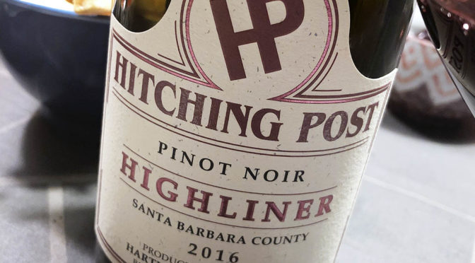 2016 Hartley-Ostini Hitching Post Winery, Highliner Pinot Noir Santa Barbara County, Californien, USA
