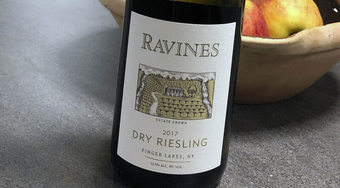2017 Ravines Wine Cellars, Dry Riesling Finger Lakes, New York, USA