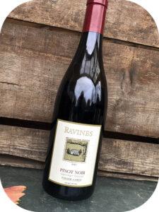 2015 Ravines Wine Cellars, Argetsinger Vineyard Pinot Noir, New York, USA