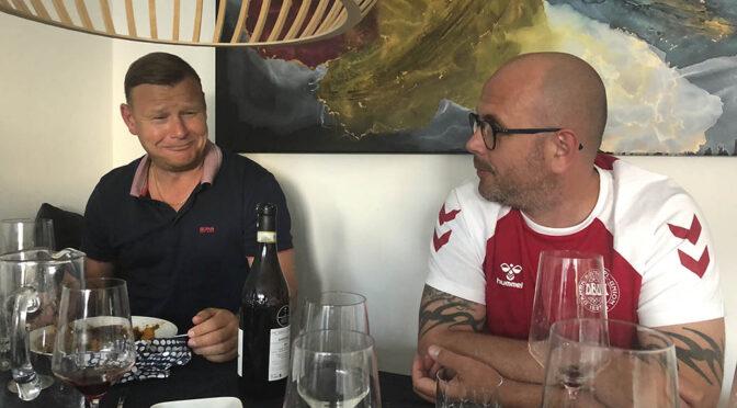 Byggemøde 12. juni 2021 … med lækre vine, bold og Eriksen